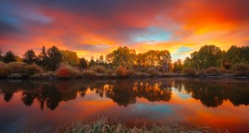 Autumn-Sunrise-on-the-Deschutes-River